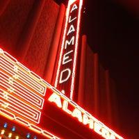 Foto tomada en Alameda Theatre & Cineplex por Michael M. el 10/29/2011