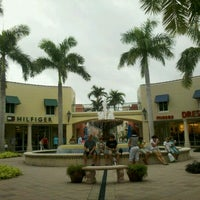 Miromar Outlets - Outlet Mall in Estero