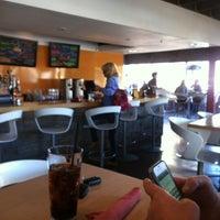 Photo prise au Stax Burger Bistro par Tracy Z. le1/19/2012