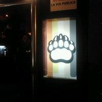 Foto tomada en Nicho Bears & Bar por Jorge V. el 12/4/2011