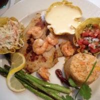 Foto tomada en La Parrilla Mexican Restaurant por jacquoi el 7/24/2012