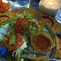 Снимок сделан в más restaurante mexicano пользователем Nardo 8/24/2012