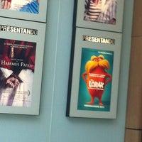 Foto tomada en Cinemark por Liz B. el 4/6/2012