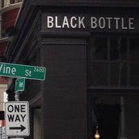 Снимок сделан в Black Bottle пользователем Jon K. 8/8/2012