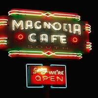 3/12/2012にRobert R.がMagnolia Cafe Southで撮った写真