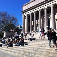 Foto scattata a Low Steps - Columbia University da Jake S. il 4/4/2012