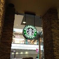 Снимок сделан в Starbucks пользователем David K. 6/11/2012