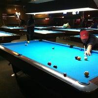 Foto tirada no(a) Eastside Billiards & Bar por Anna A. em 3/4/2012