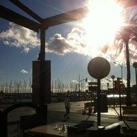 12/6/2011 tarihinde Víctor G.ziyaretçi tarafından Hogan's Bar & Restaurant'de çekilen fotoğraf