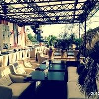 Foto tirada no(a) Ресторан & Lounge «Река» por Ilosha em 8/9/2012