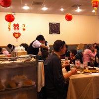 Снимок сделан в Super Star Asian Cuisine пользователем Indy 2/13/2011