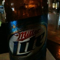 Foto diambil di Bull Bar oleh Bill H. pada 7/22/2011