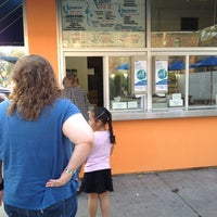 Foto diambil di Sweet Melissa's Ice Cream Shop oleh Shelley B. pada 4/15/2012