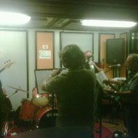 Foto tirada no(a) Studio B Recording por Stefano B. em 9/13/2012