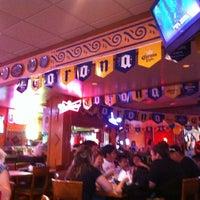 Foto tomada en La Parrilla Mexican Restaurant por Jose C. el 4/30/2012