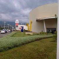 Foto tomada en Centro Sambil por Anthony C. el 8/9/2012