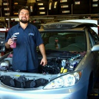 10/17/2011에 Ron P.님이 Ron's Discount Tires & Auto Repair에서 찍은 사진