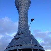 รูปภาพถ่ายที่ Edinburgh Airport (EDI) โดย Viktors P. เมื่อ 4/17/2012