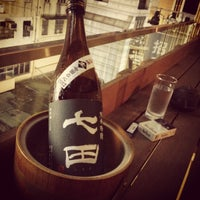 5/11/2012 tarihinde TT T.ziyaretçi tarafından Sake Bar Ginn'de çekilen fotoğraf