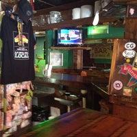 รูปภาพถ่ายที่ Barracuda Taphouse & Grill โดย Laura D. เมื่อ 7/24/2012