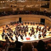 Foto tomada en Symphony Center (Chicago Symphony Orchestra) por Anna Zysman U. el 5/6/2012