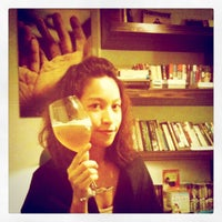 Das Foto wurde bei Homey's Café von Kimi L. am 10/19/2011 aufgenommen