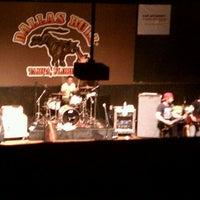 5/26/2012にKathryn F.がDallas Bullで撮った写真