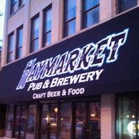 2/28/2011 tarihinde Steven S.ziyaretçi tarafından Haymarket Pub & Brewery'de çekilen fotoğraf