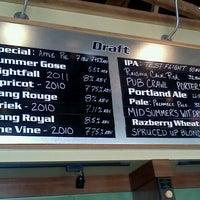 Снимок сделан в Cascade Brewing Barrel House пользователем Tom M. 9/4/2011