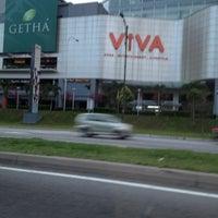 รูปภาพถ่ายที่ Viva Home โดย Seem S. เมื่อ 5/2/2012