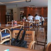 Foto tomada en Café La Fiesta por Rafa R. el 6/30/2012