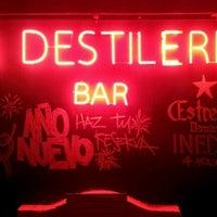 Foto tomada en La Destileria por Sebastian P. el 12/4/2011