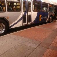 Das Foto wurde bei Sun Tran Ronstadt Transit Center von Gregg Z. am 5/8/2012 aufgenommen