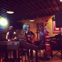 Photo prise au Illegal Pete's par Julianne B. le6/22/2012