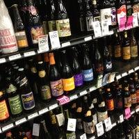 Photo prise au Argonaut Wine & Liquor par Norman D. le9/3/2012