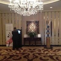 Снимок сделан в The Ritz-Carlton Chicago пользователем Power T. 6/26/2012