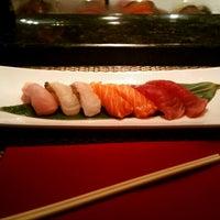 Foto diambil di Edoko Sushi & Robata oleh Steven H. pada 6/11/2012