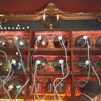 รูปภาพถ่ายที่ La Clandestina โดย David M. เมื่อ 8/3/2012