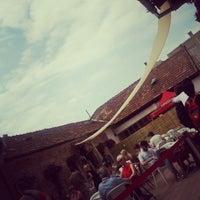 Das Foto wurde bei Casa TIFF von Ioana 🚲✈🚀 C. am 6/11/2012 aufgenommen