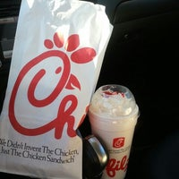Foto tirada no(a) Chick-fil-A por @KellyTweets2 em 7/25/2012