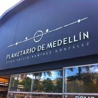 7/22/2012에 Laura S.님이 Planetario de Medellín에서 찍은 사진