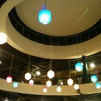 Foto tirada no(a) Terrazo Food & Venue por priyo j. em 4/30/2012