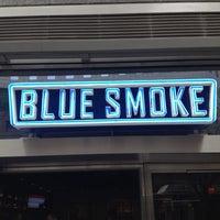 Das Foto wurde bei Blue Smoke von Matt L. am 4/14/2012 aufgenommen