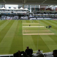Foto tomada en Lord's Cricket Ground (MCC)  por Rich W. el 5/17/2012