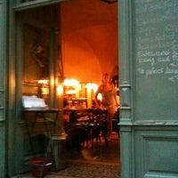 Foto tirada no(a) Kleines Café por Andreas M. em 6/8/2012