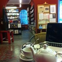 Foto tirada no(a) Librería El Virrey por José Miguel em 6/12/2012