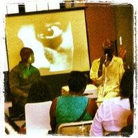 Das Foto wurde bei Coffy Café von Vivian A. am 7/21/2012 aufgenommen