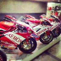 Снимок сделан в Ducati Motor Factory & Museum пользователем Ciccio F. 9/10/2012