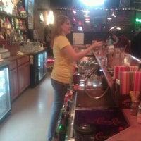12/27/2011にShelley W.がBrown's Towne Loungeで撮った写真