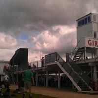 Foto scattata a Goodwood Motor Racing Circuit da Laura C. il 8/14/2011